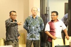 Apridon Zaini/PC, John Paulsen dan Syarief Hidayat/DF Kota Goron